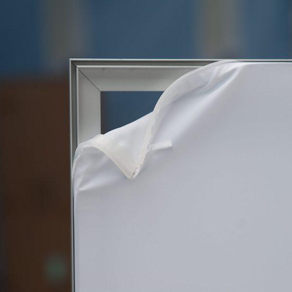 Aluminiumsramme lett å bytte print